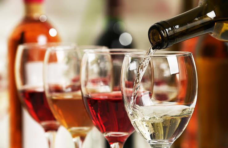 Cinco grandes vinos para tus comidas navideñas